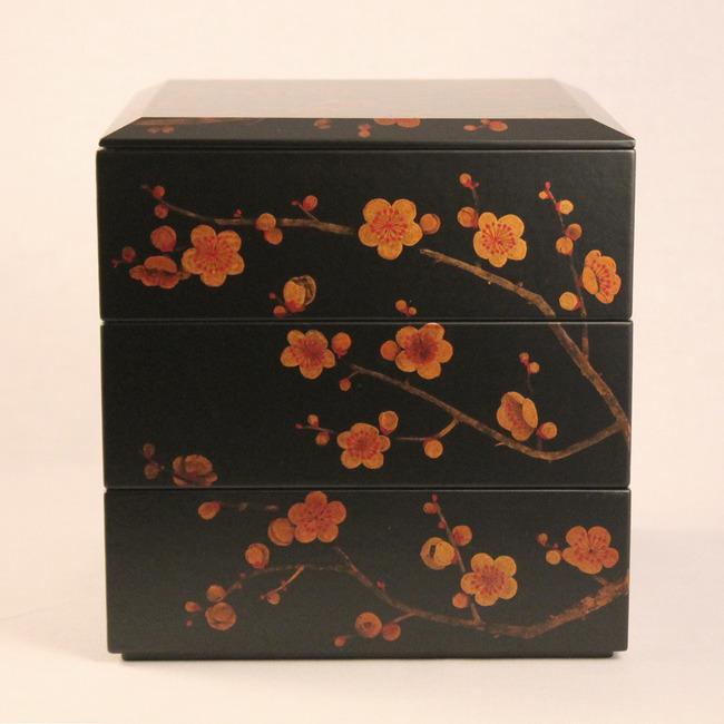 梅の花のお重箱