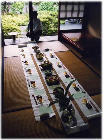 ■漆のお椀とお箸を使うお食事会1