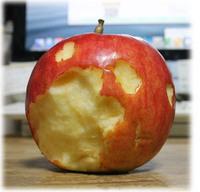 かじられりんご