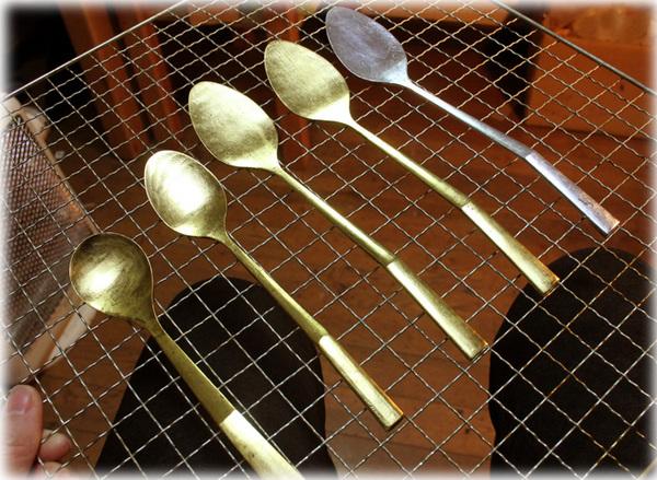 金と銀のスプーン1