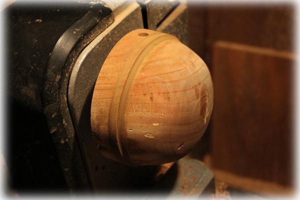 木工旋盤での研磨6