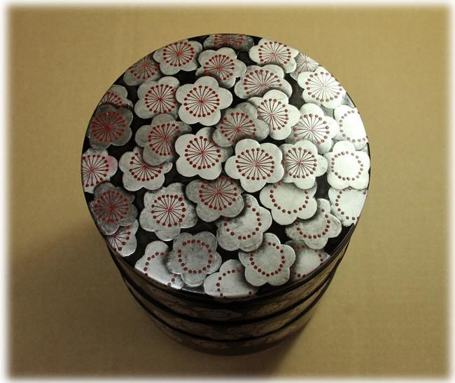 梅のお花の重箱