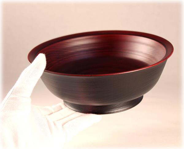 ウルシの木の鉢